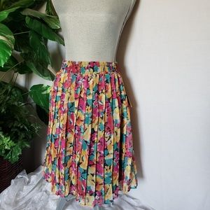 Pleated skirt by Michael & Co. Sz 10